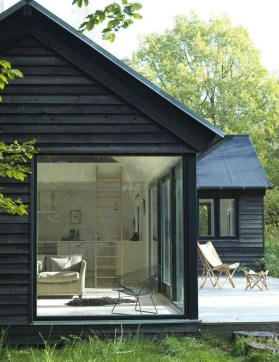 Incredible Homes Decorating Ideas With Black Exteriors09