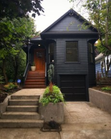 Incredible Homes Decorating Ideas With Black Exteriors12