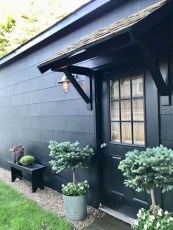 Incredible Homes Decorating Ideas With Black Exteriors22