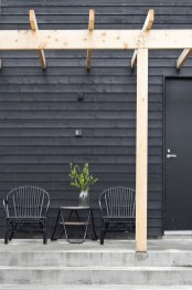 Incredible Homes Decorating Ideas With Black Exteriors32