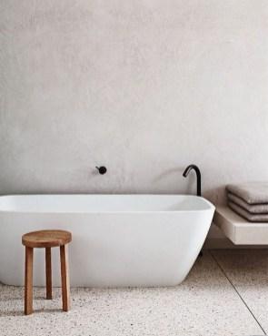 Minimalist Bathroom Bathtub Remodel Ideas08