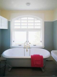 Minimalist Bathroom Bathtub Remodel Ideas40
