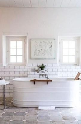 Minimalist Bathroom Bathtub Remodel Ideas43