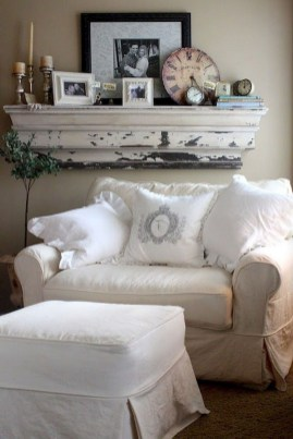 Perfect French Country Living Room Design Ideas17