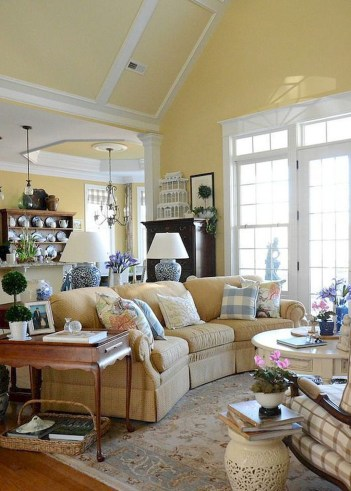 Perfect French Country Living Room Design Ideas38