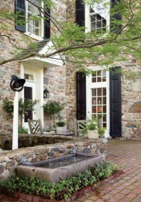 Pretty Stone House Design Ideas On A Budget11