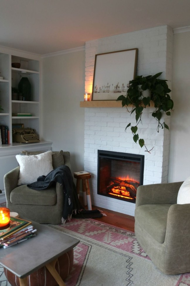 Relaxing Living Rooms Design Ideas With Fireplaces31