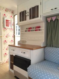 Shabby Chic Trailer Makeover Renovation Ideas03