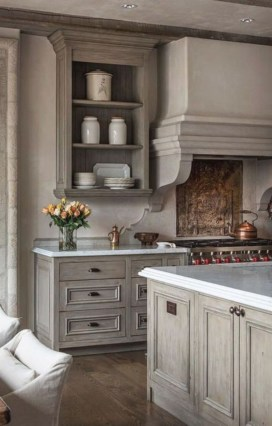 Stylish Farmhouse Kitchen Cabinet Design Ideas27