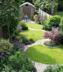 Astonishing Backyard Landscaping Ideas With Flower To Try28