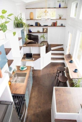 Astonishing Tiny House Design Ideas With Fabulous Storage34