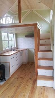 Astonishing Tiny House Design Ideas With Fabulous Storage38