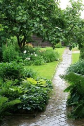 Creative Gardening Design Ideas On A Budget To Try23