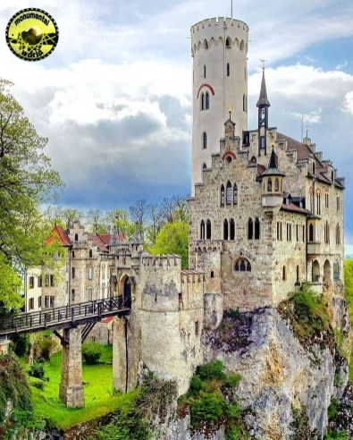 European Monuments You Must See At Least Once In Your Life24