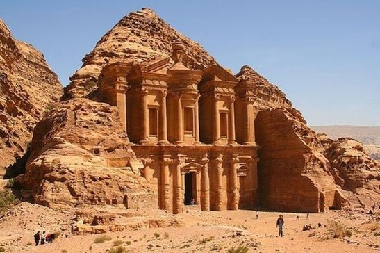European Monuments You Must See At Least Once In Your Life37