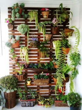 Fantastic Outdoor Vertical Garden Ideas For Small Space15