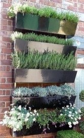 Fantastic Outdoor Vertical Garden Ideas For Small Space19