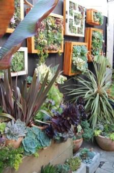 Fantastic Outdoor Vertical Garden Ideas For Small Space25