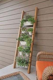 Fantastic Outdoor Vertical Garden Ideas For Small Space40