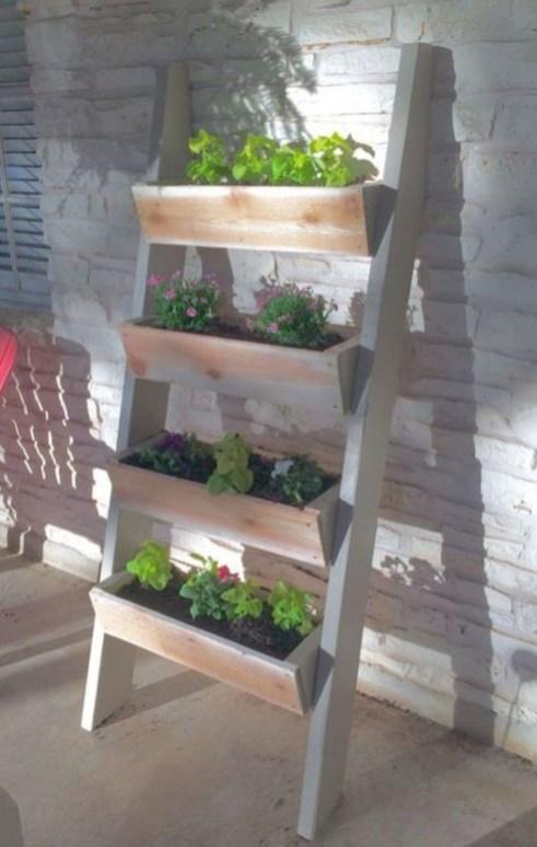 Fantastic Outdoor Vertical Garden Ideas For Small Space47