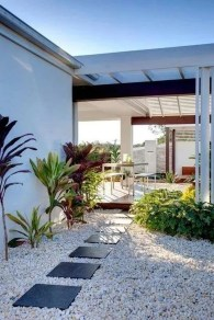 Fascinating Side Yard And Backyard Gravel Garden Design Ideas That Looks Cool21