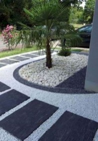 Fascinating Side Yard And Backyard Gravel Garden Design Ideas That Looks Cool40
