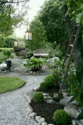 Fascinating Side Yard And Backyard Gravel Garden Design Ideas That Looks Cool45