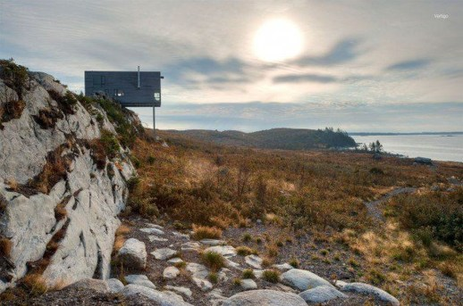 Fearsome Cliff Side Houses With Amazing Views17