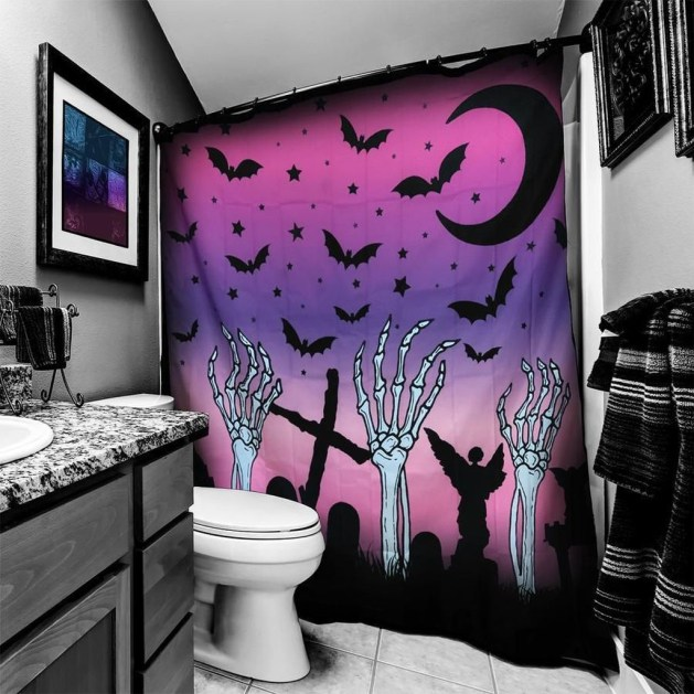 Modern Halloween Decorating Ideas For Your Bathroom37