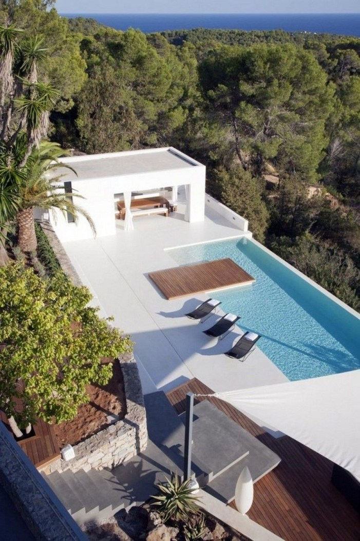 Most Amazing Rooftop Pools That You Must Jump In At Least Once10