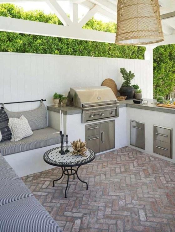 Unique Outdoor Kitchen Ideas For Excellent Restaurants34