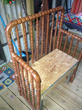 Inspirational Ways How To Repurpose Old Babys Cribs34