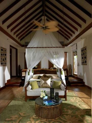 Jumeirah Vittaveli Resort Piece Of Heaven In Maldives39
