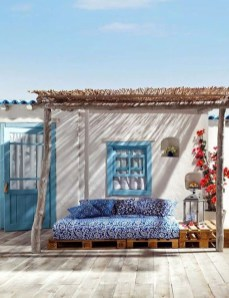 Luxury And Classy Mediterranean Patio Designs21