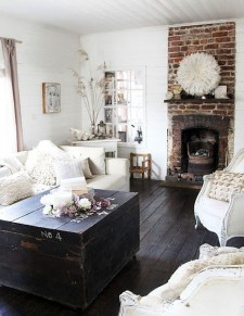 Warm Rustic Family Room Designs For The Winter22