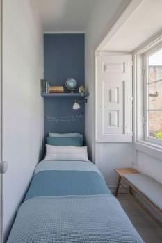 Amazing Small Apartment Bedroom Decoration Ideas26
