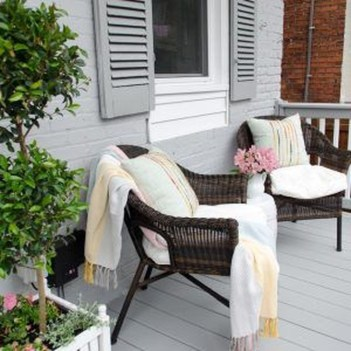 Beautiful And Colorful Porch Design20