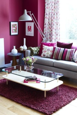 Beautiful And Colourfull Livingroom Ideas24