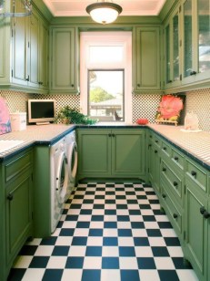 Beautiful And Cozy Green Kitchen Ideas40