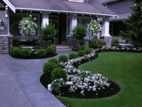 Beautiful Simple Front Yard Landscaping Design Ideas37