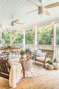 Cozy Porch Decoration Ideas20