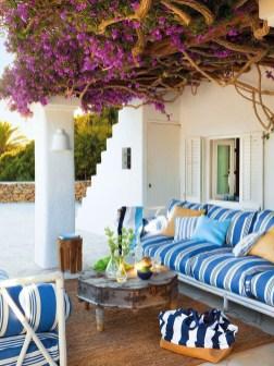 Cozy Porch Decoration Ideas27