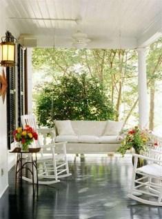 Cozy Porch Decoration Ideas41