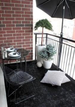 Elegant And Cozy Balcony Ideas06