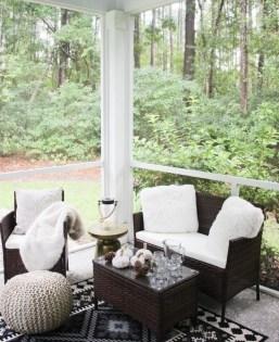 Elegant And Cozy Balcony Ideas49