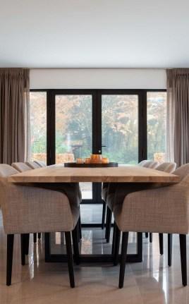 Elegant And Cozy Diningroom Design Ideas26