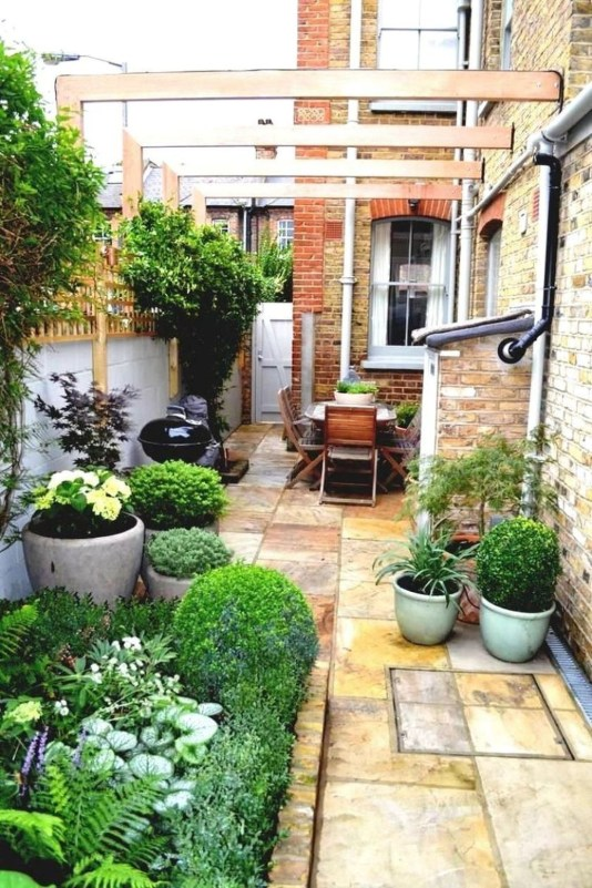 Most Popular And Beautiful Rooftop Garden35