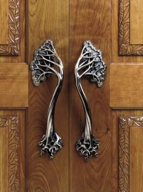 Unique And Elegant Door Decoration Ideas08