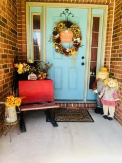 Unique And Elegant Door Decoration Ideas12