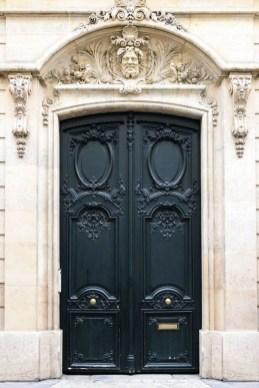 Unique And Elegant Door Decoration Ideas33